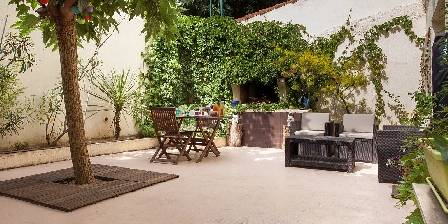 Le Patio de Valros The green patio