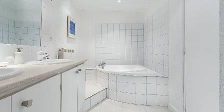 Le Patio de Valros Salle de bain - Les Oliviers