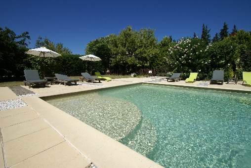 bed & breakfast Vaucluse - Our swimming pool