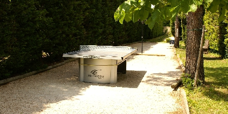 Côté Provence Petanque, table tennis & badminton fields