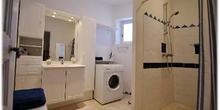 Côté Provence Gîte les Alpilles bathroom