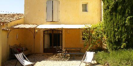 Côté Provence Gîte le Ventoux terrasse