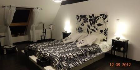 Chambre d'hotes Le Blockhaus De Domleger > La Black and White