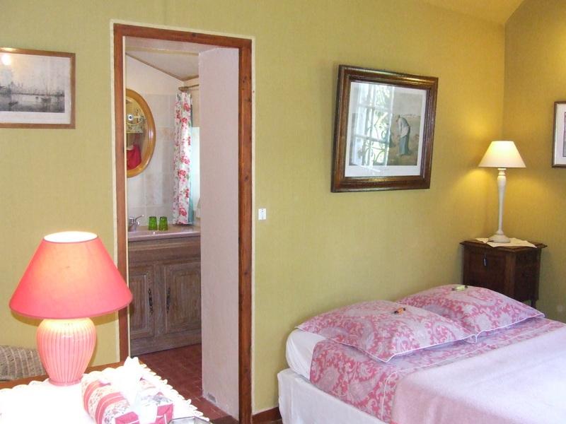 chambres d 39 h tes mouton une chambre d 39 hotes dans le loiret dans le centre album photos. Black Bedroom Furniture Sets. Home Design Ideas