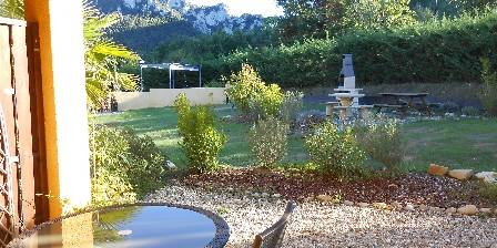 Le Jardin des Gorges Terrasse chambre familiale Magnolia