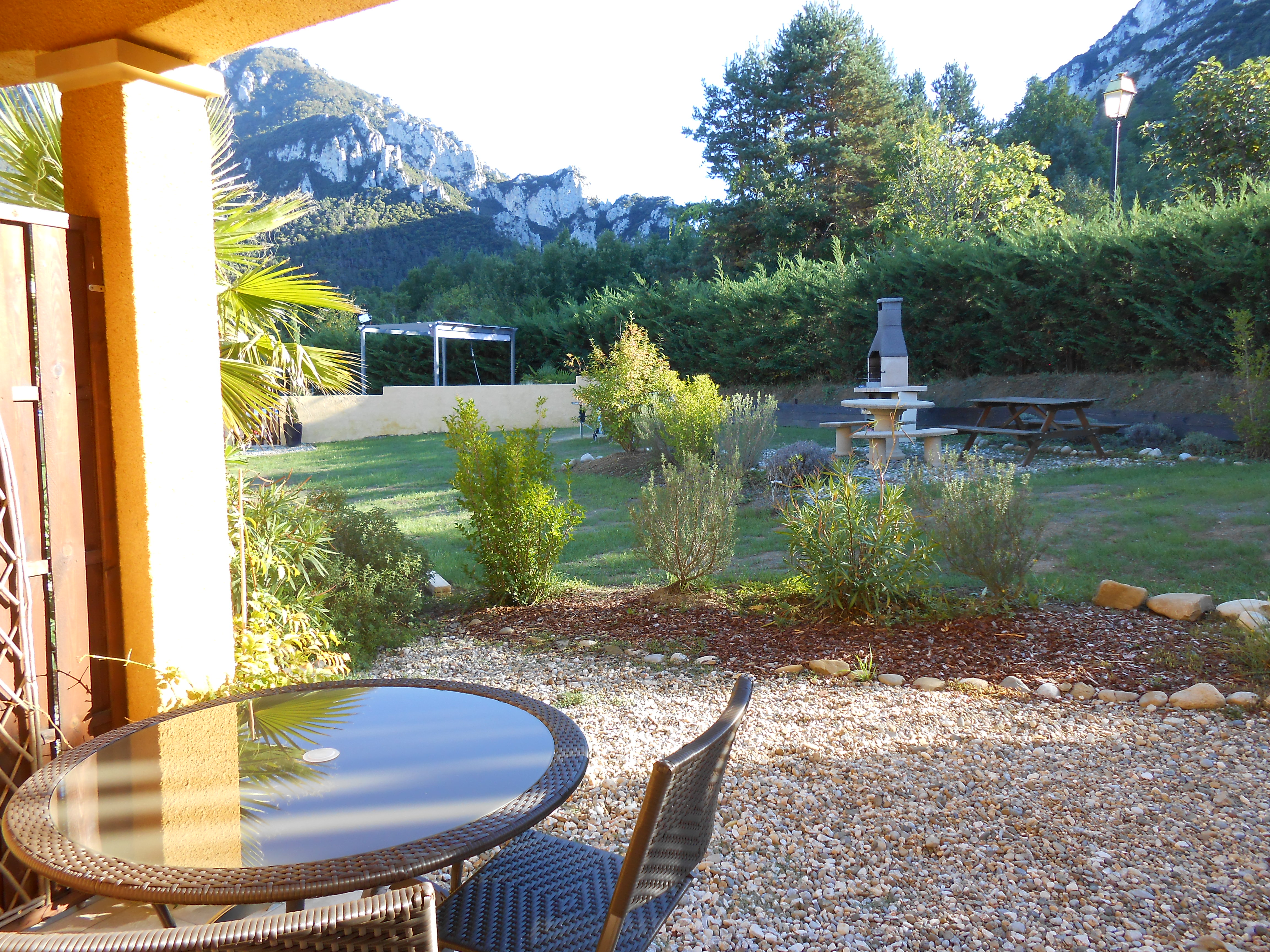 Le Jardin Des Gorges Une Chambre D Hotes Dans L Aude Dans Le Languedoc Roussillon Album Photos