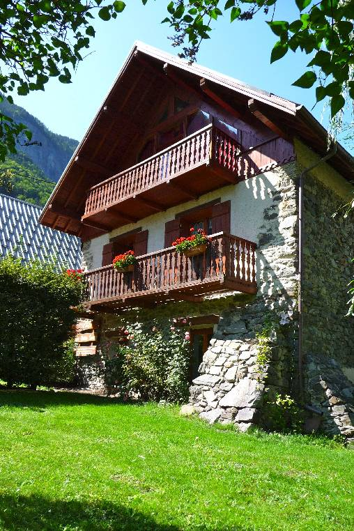 Chambre d'hote Isère - les petites sources et le chalet