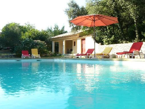 Bed & breakfasts Gard, from 70 €/Nuit. House of character, Aubussargues (30190 Gard), Charm, Swimming Pool, Garden, Net, WiFi, Baby Kits, 2 Double Bedroom(s), 1 Suite(s), 8 Maximum People, Lounge, Library, Chimeney, Ki...