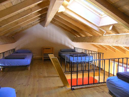 dortoir - niveau supérieursur mezzanine