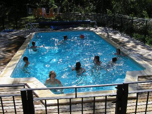 piscine chauffée et traitée au sel