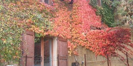 Gîtes du Chastel Gites du chastel en automne