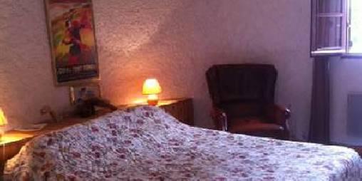chambre au rdc lit 160