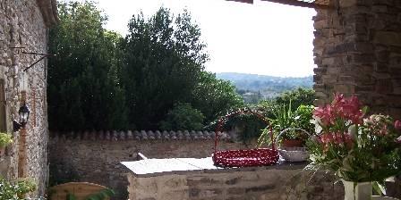 On Dirait Le Sud La terrasse du gîte du Couchant