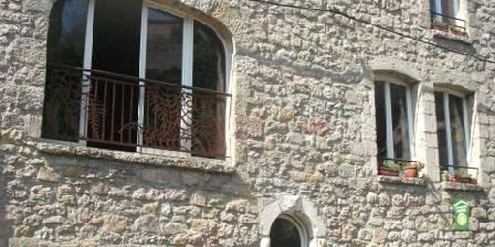 Les Capitelles Du Caylar Notre maison, côté rue de la Ville, face au Roc Castel