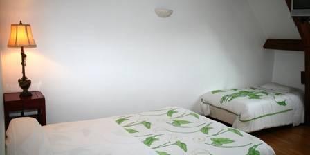 la tour des plantes une chambre d 39 hotes dans la sarthe dans le pays de la loire accueil. Black Bedroom Furniture Sets. Home Design Ideas