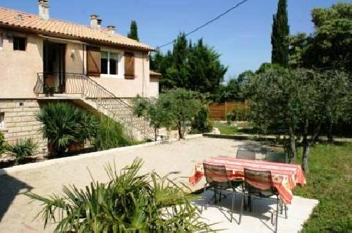 Chambre d'hote Gard - Place Petanque