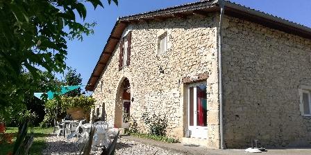 Gite Domaine Les Messauts > ferme du XVIIe renovée en 5 gîtes