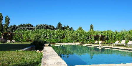 La Garance en Provence Overflowing swimming pool 17x5m