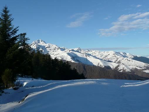 Le Pic du Midi de Bigorre depuis la crête au-dessus du chalet
