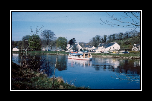 LE canal de Nantes  à Brest à Pleyben