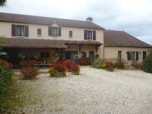 Bed & breakfasts Lot, from 55 €/Nuit. Farm, Milhac (46300 Lot), Guest Table, Garden, Park, Disabled access, Net, WiFi, Baby Kits, 1 Single Bed(s), 3 Double Bedroom(s), 1 Suite(s), 15 Maximum People, Lounge, Library, C...