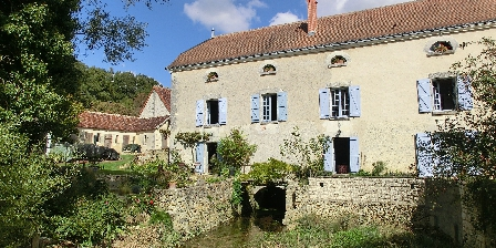 Au Moulin de la Croix The Mill of the Cross and its reach