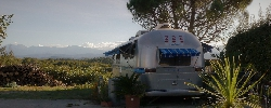 Bed and breakfast Belrepayre Airstream  Retro Trailer Park