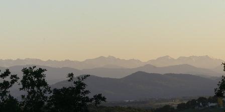 Belrepayre Airstream & Rétro La vue sur les Pyrenees