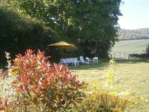 le jardin et la vue sur la campagne