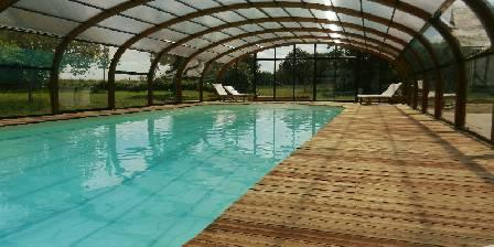 Gite Le Gîte des 3 Vaches > Grande piscine chauffée
