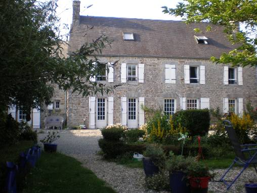 Bed & breakfasts Manche, from 60 €/Nuit. House of character, Orval (50660 Manche), Charm, 1 Double Bedroom(s), 1 Suite(s), 3 épis Gite De France, South Direction, No Smoking House, Pets forbidden. A proximité : Mt-st-mic...