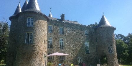 Chateau de la Frogerie La piscine au pied du Château