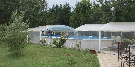 Au Jardin du Papet La piscine ouverte