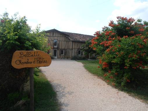 Bed & breakfasts Gers, from 70 €/Nuit. Farm, Cazaubon (32150 Gers), Charm, Guest Table, Garden, Net, WiFi, Baby Kits, 3 Double Bedroom(s), 10 Maximum People, Library, Kids Games, Country View, Pets forbidden. A proximi...