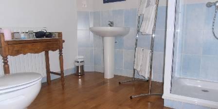 Belliette La Chambre au Balcon - salle de bain