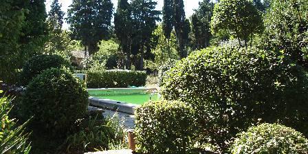 Les Sentiers de L'abondance La piscine en accès partagé