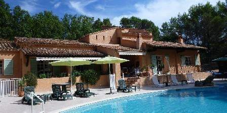 Villa La Pinède Plage-piscine
