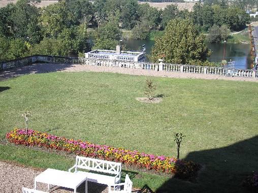 Chambre d'hote Indre-et-Loire - jardin dominant le Cher