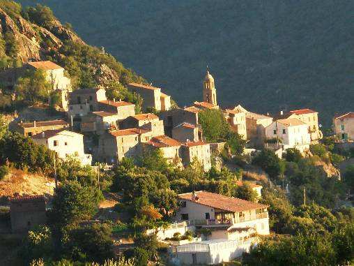 Le vilage de Castirla