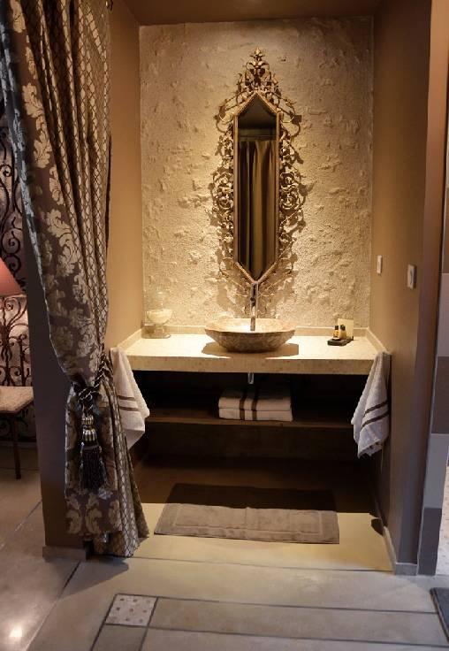 Baroque lavabo