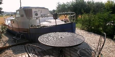 Le bateau d'Acanthe La terrasse du bateau