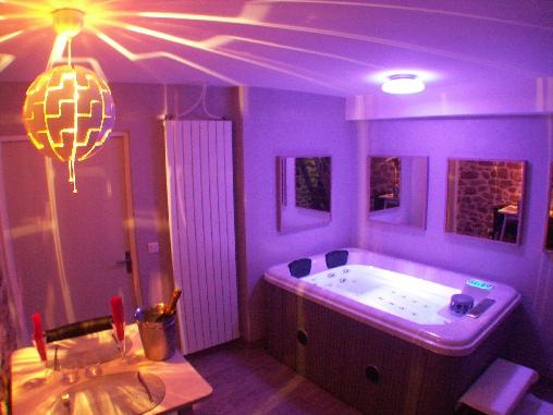 chambre d 39 hote les instants vol s chambre d 39 hote correze 19 limousin album photos. Black Bedroom Furniture Sets. Home Design Ideas