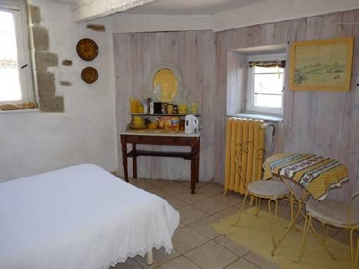 chambre d 39 hote le grand puits chambre d 39 hote aude 11 languedoc roussillon album photos. Black Bedroom Furniture Sets. Home Design Ideas
