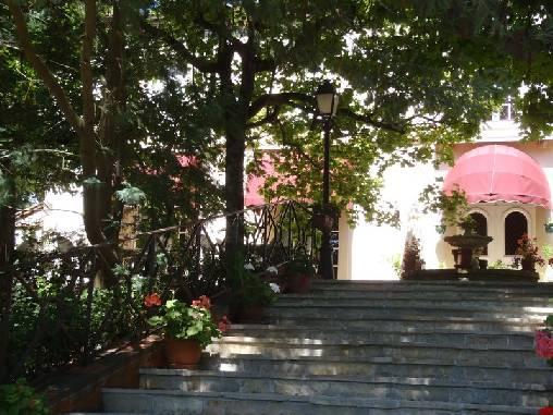 Chambre d'hote Haute-Garonne - La façade de La villa les pins