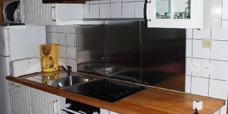 Chez Brigitte Maison : coin cuisine