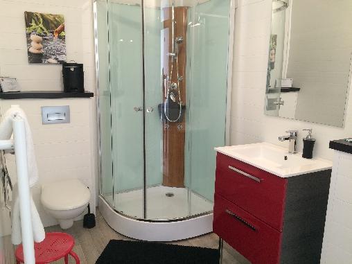 salle de bain privée pour chaque chambre