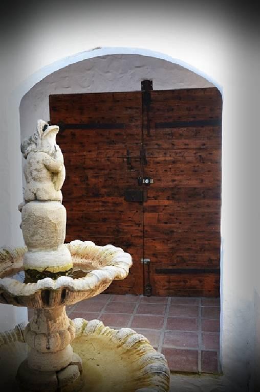 le patio et la fraîcheur de sa fontaine