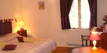 Accueil Au Village Bedroom Orchidées