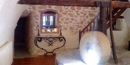 Le Vieux Moulin La meule