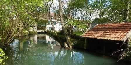 Le Moulin de Saint Augustin Le lavoir
